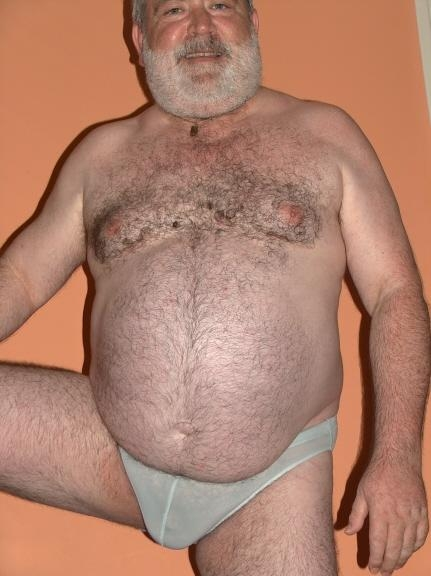 Pictures Of Chubby Men Naked Hairy Fat Bears